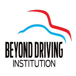 Beyond Driving Institution 超卓駕校 Company Logo